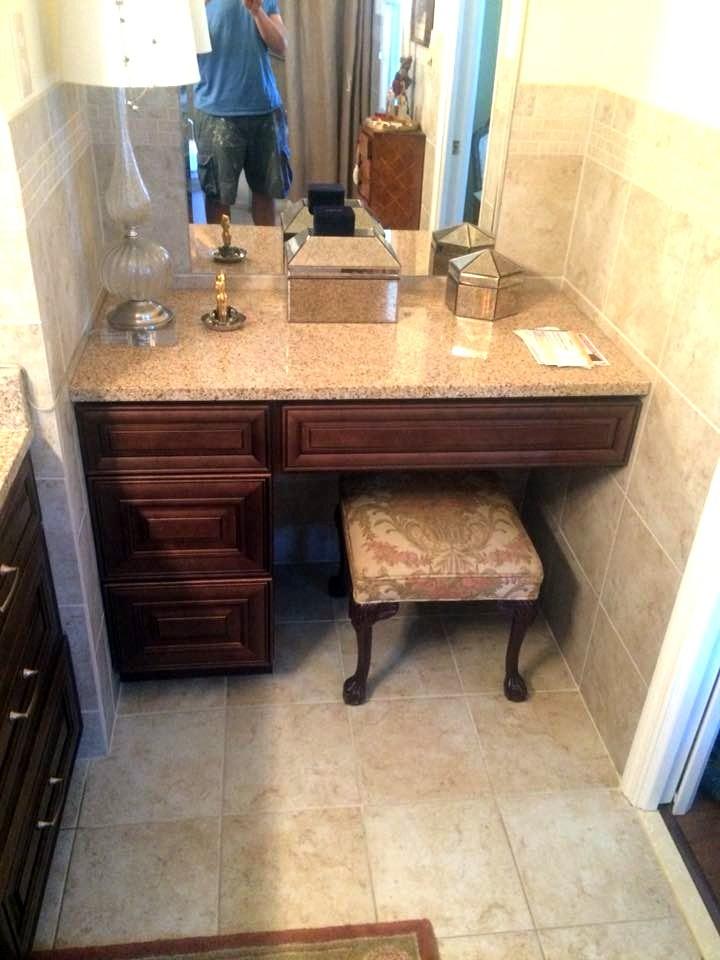 vanity-area.jpg